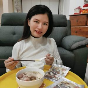 Rane first tries to cook the delightful Bak Kut Teh in her life.
